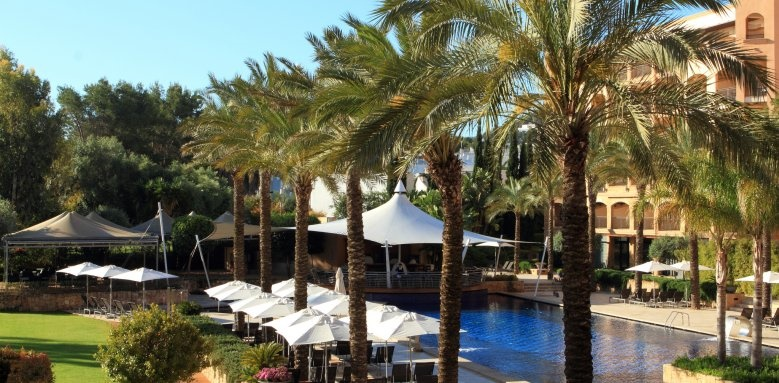 Insotel Fenicia Prestige Suites and Spa, pool and loungers