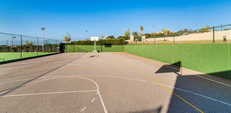 Insotel Punta Prima, basketball