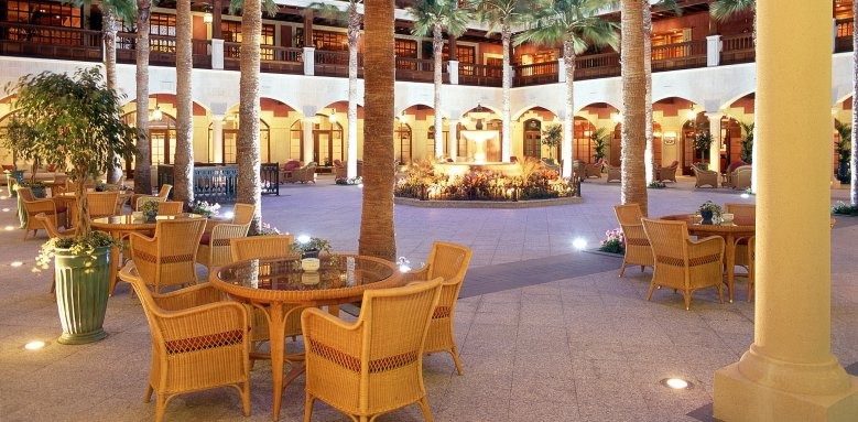 Elba Palace Golf and Vital Hotel, patio