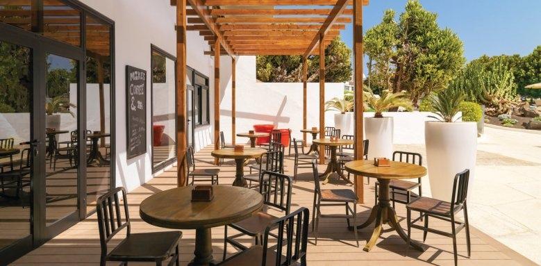 H10 Lanzarote Princess, coffee terrace