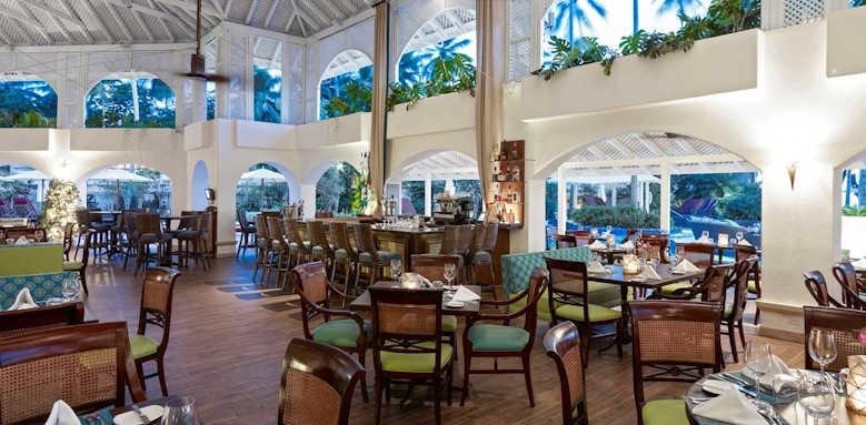 Colony Club, laguna restaurant