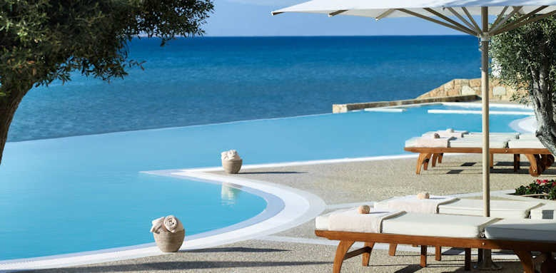 Sani Beach Hotel, Pool area