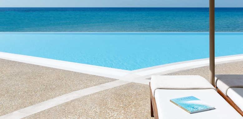 Sani Beach Hotel, infinity pool