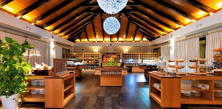 Hote Suite Villa Maria, buffet restaurant