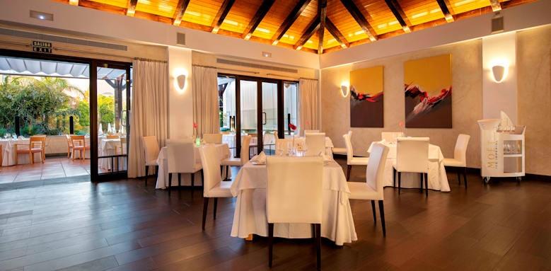 Hote Suite Villa Maria, la torre restaurant