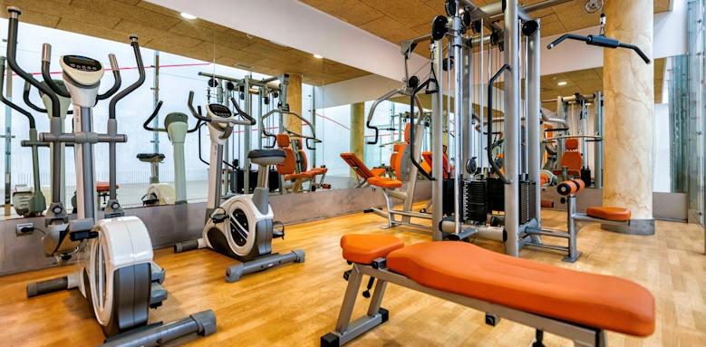 Hote Suite Villa Maria, gym