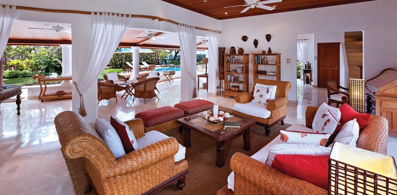 Blue Point, living area