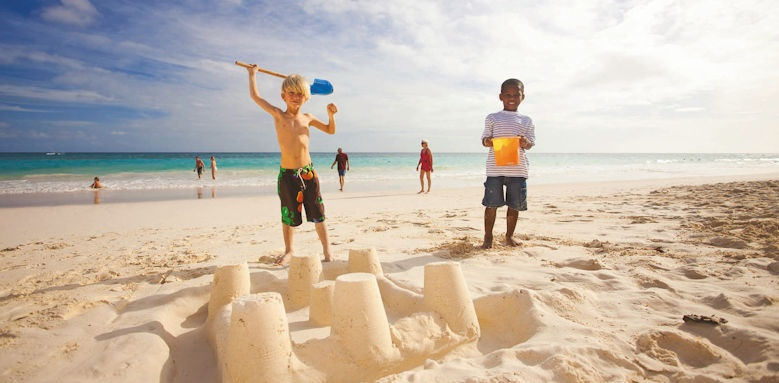 Bougainvillea Resort, children on beach