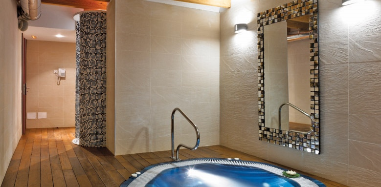 Santa Clara Urban Hotel & Spa, spa pool