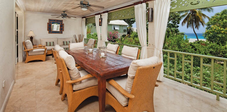 Little Good Harbour, three bed vineyard suite dining
