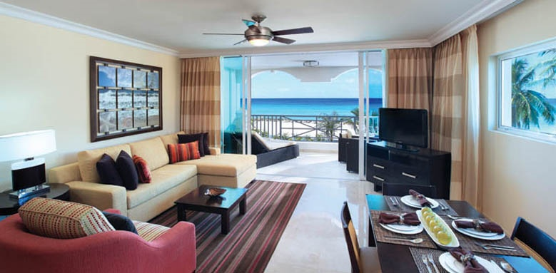 Ocean Two Resort and Residences, two bed suite living area