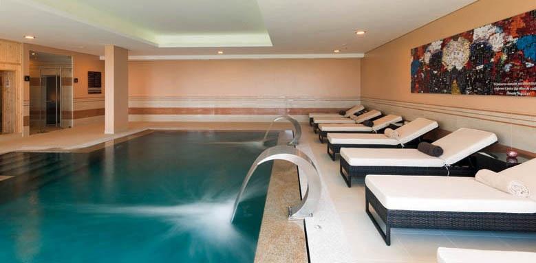 Vila Gale Collection Palacio dos Arcos, indoor pool