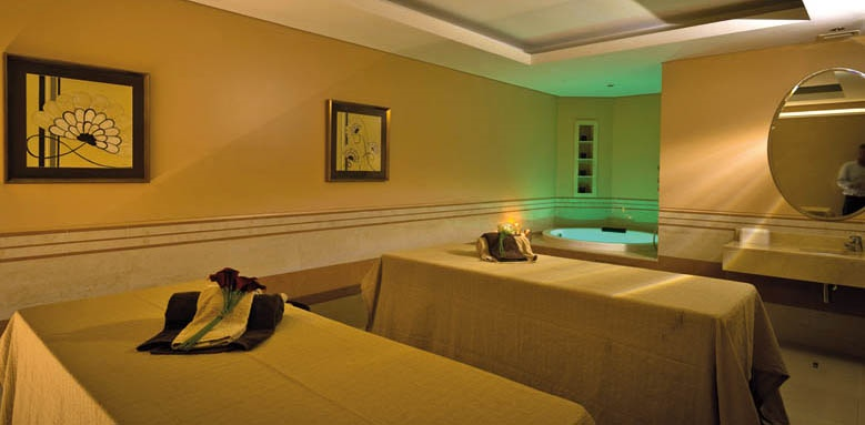 Vila Gale Collection Palacio dos Arcos, spa treatment room