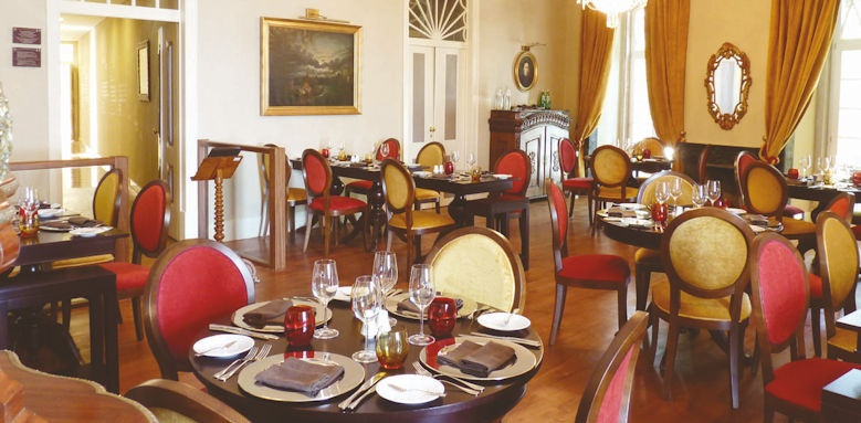 Palacio dos Arcos, restaurant