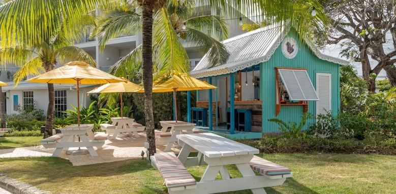 Sea Breeze, rum shope cafe