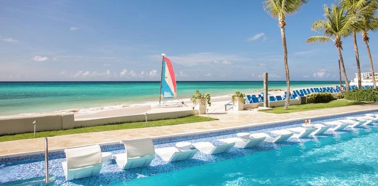 Sea Breeze, lap pool