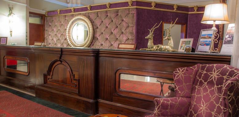 Victoria hotel, reception desk