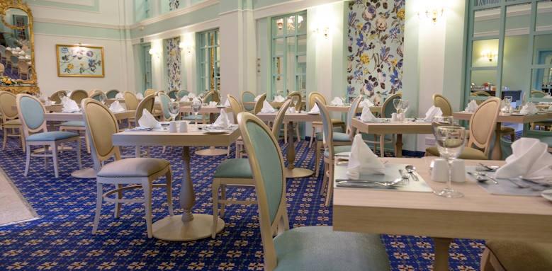 Victoria hotel, copperfields restaurant