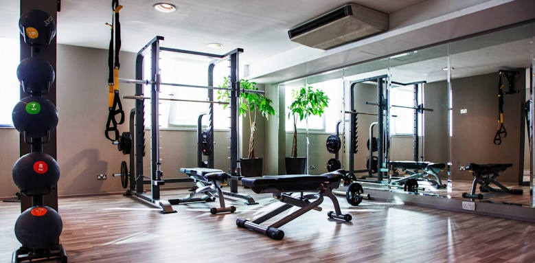Victoria hotel, fitness room