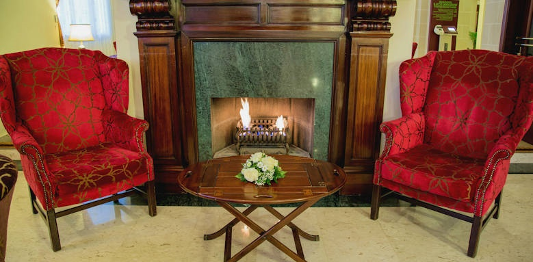 Victoria hotel, fireplace