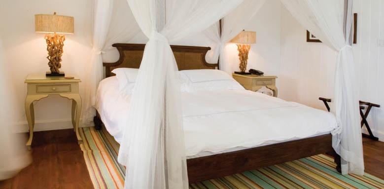 The Atlantis Hotel, bedroom