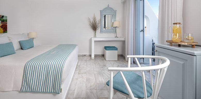 Santorini Kastelli Resort, classic double room