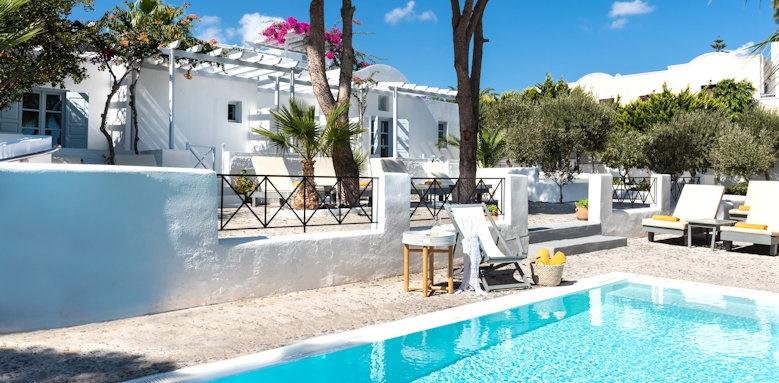 Santorini Kastelli Resort, plunge pool