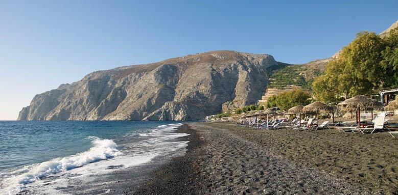 Santorini Kastelli Resort, beach