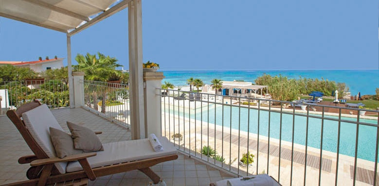 Canne Bianche Lifestyle & Hotel, junior suite, pool and sea view balcony
