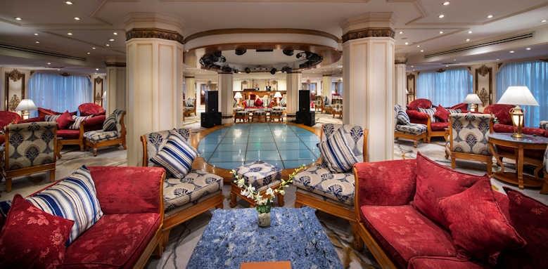 sonesta st george, lounge bar