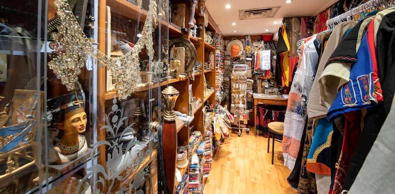 sonesta st george, bazar shop