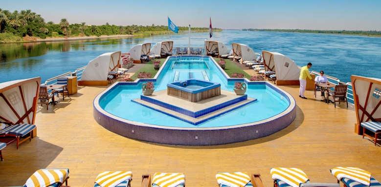 sonesta st george, pool on boat