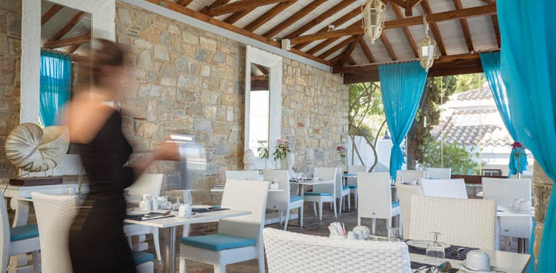 Aegean Suites, restaurants