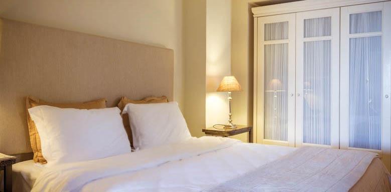 Aegean Suites, standard suite