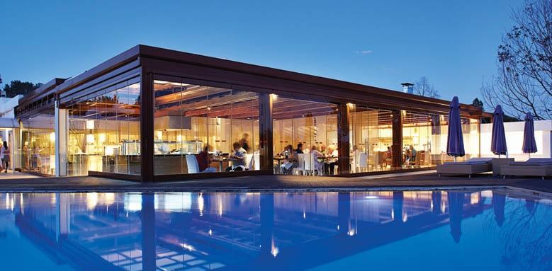 Skiathos Princess Hotel, restaurant and pool at night