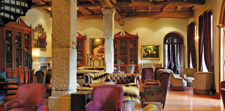 Vinatge House Hotel, lounge area