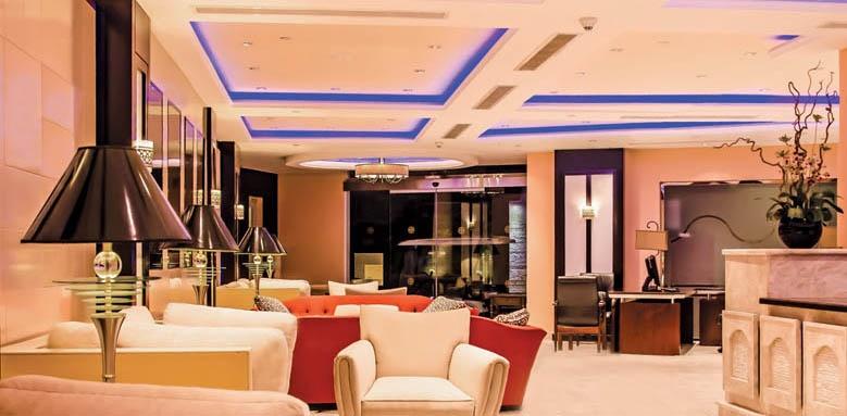 Royal Savoy Hotel And Villas, lounge