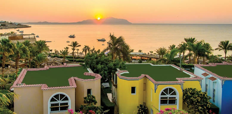 Royal Savoy Hotel And Villas, sunset view