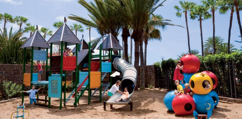 Seaside Palm Beach, playground