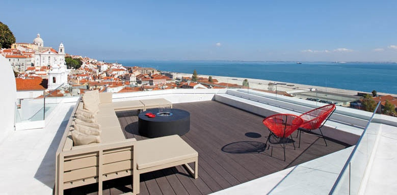 Memmo Alfama, roof terrace and sea view