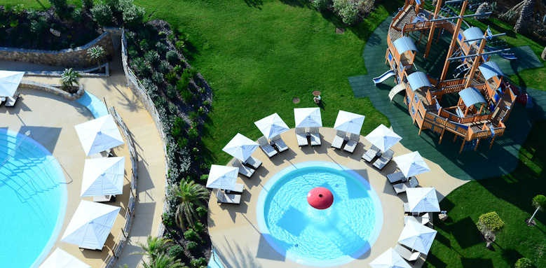 Crowne Plaza, children's swimming pool