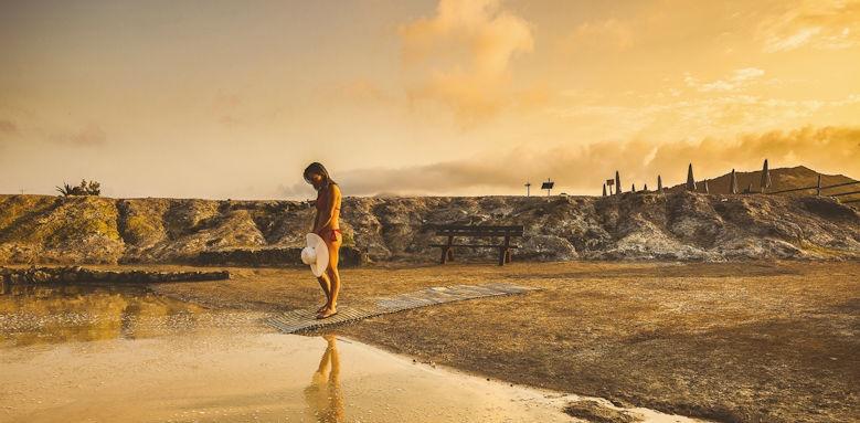 Therasia Resort, vulcano island beach