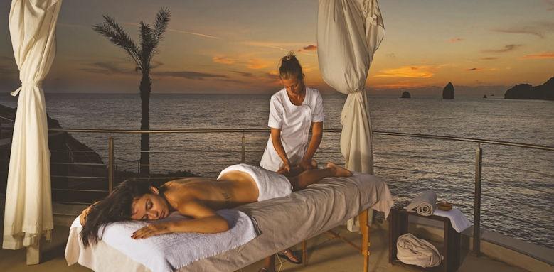 Therasia Resort, massage