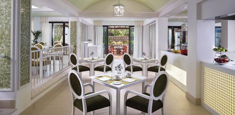Pine Cliffs Hotel, Restaurant