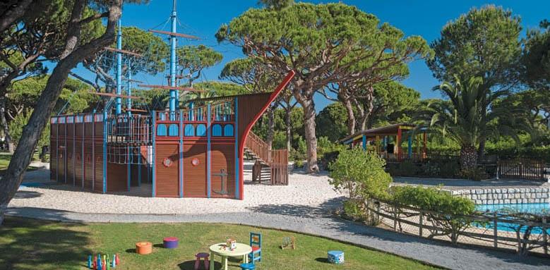 Pine Cliffs Hotel, Childrens Village