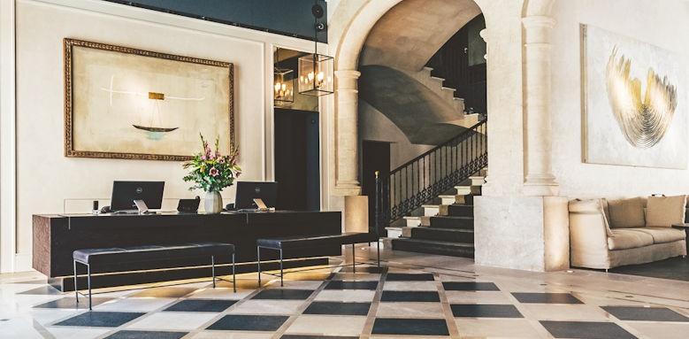 Sant Francesc, lobby