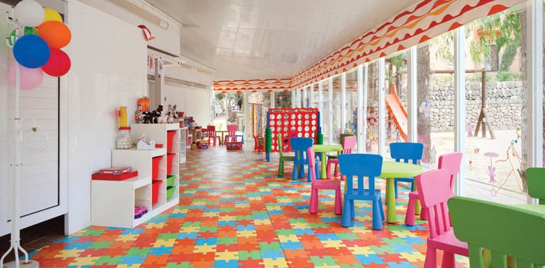 La Pergola Aparthotel, children's club