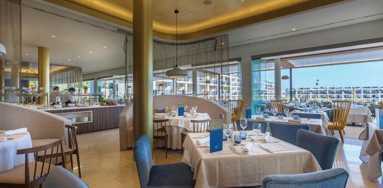 Hotel Viva Zafiro Alcudia & Spa, market buffet restaurant