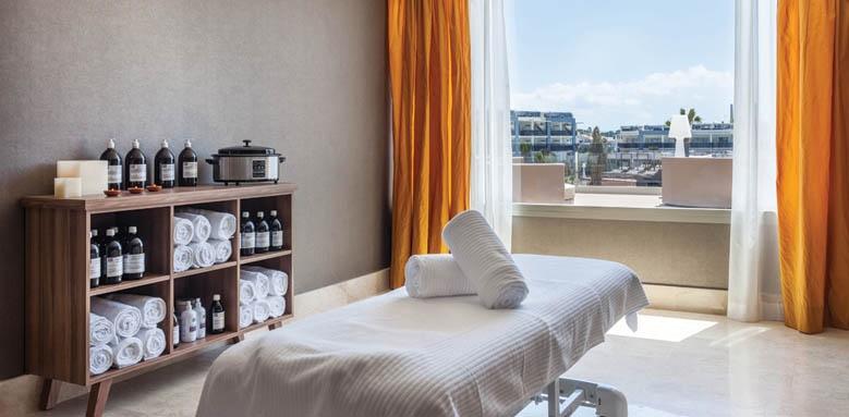Hotel Viva Zafiro Alcudia & Spa, treatment room