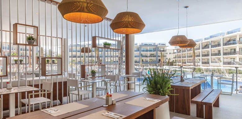 Hotel Viva Zafiro Alcudia & Spa, la veranda restaurant